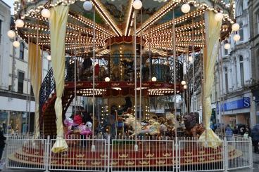 merry-go-round-1293509_1920.jpg